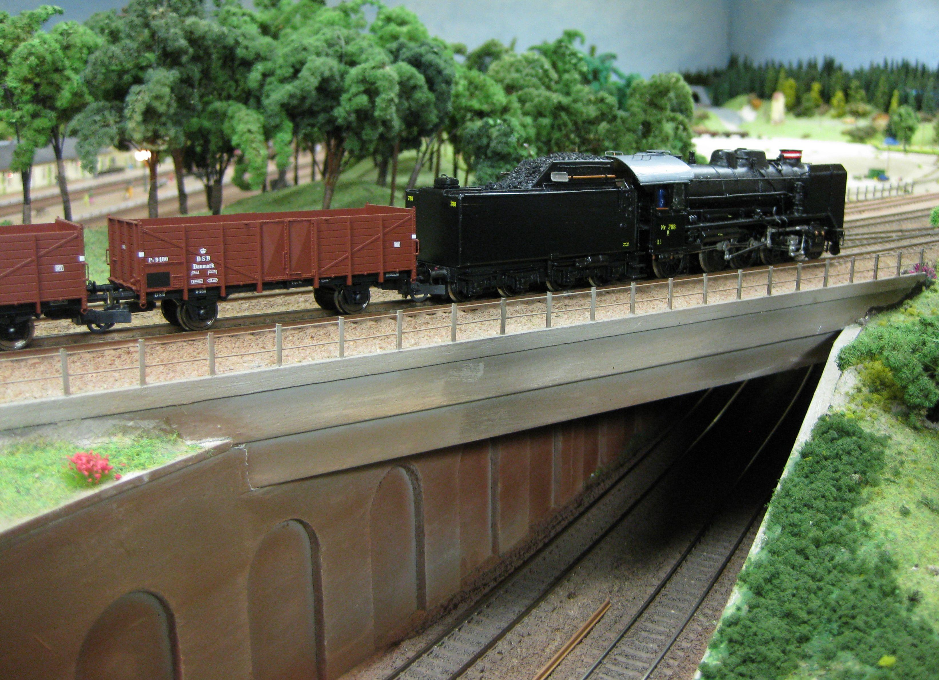 Godstog under indkørsel